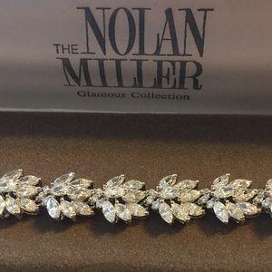 NIB:Nolan Miller crystal bracelet